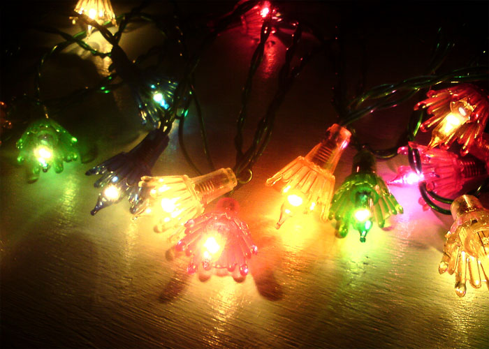 Old Fashioned Outdoor Christmas Lights