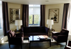 one-aldwych-hotel-london-hotel-room-lounge-suite