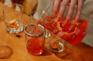 negroni-christmas-recipe-pyrex-jar