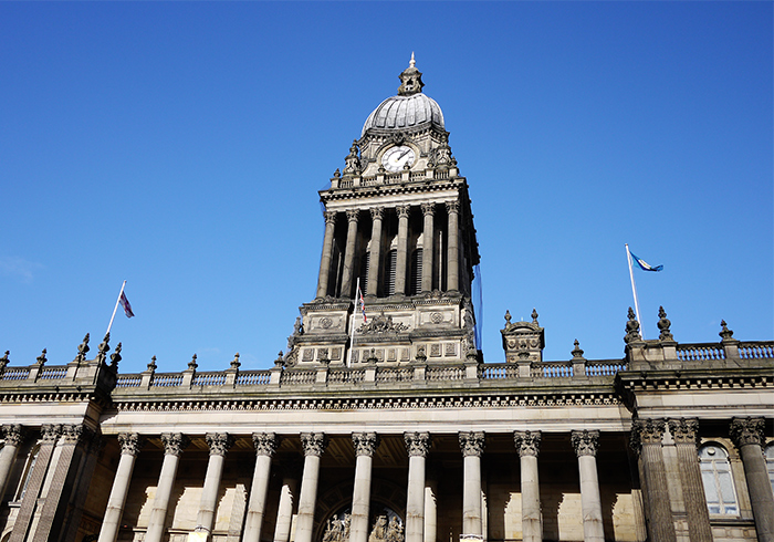 leeds-town-hall-sunshine