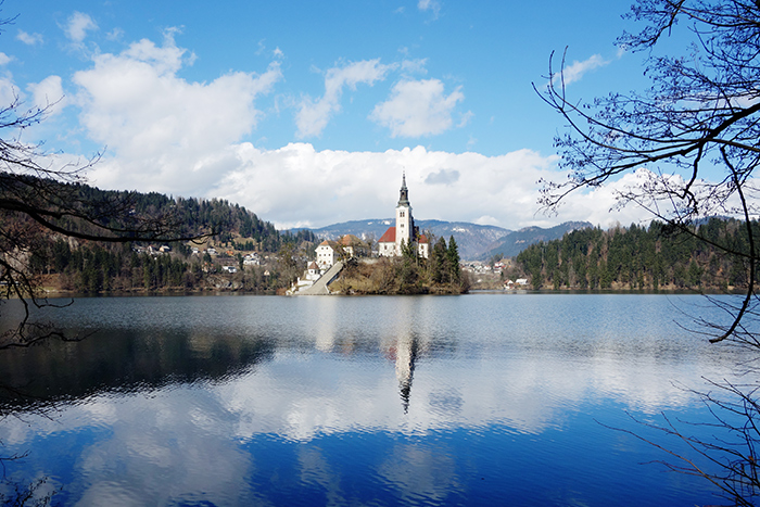 lake-bled-island-church-blue-sky