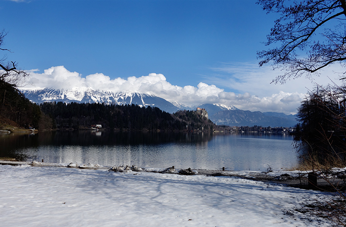 lake-bled-view-snow
