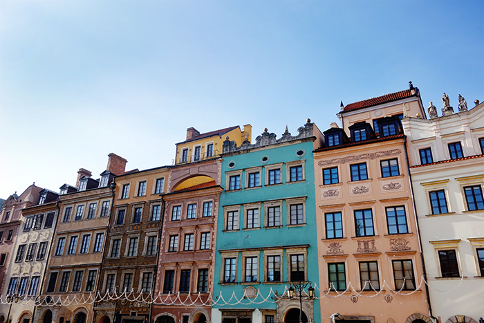 warsaw-old-town-stare-miasto-colourful